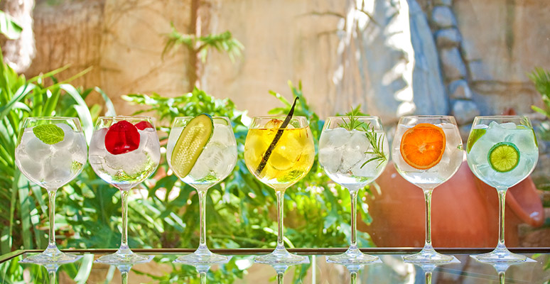 Different Gyn & Tonics prepaired in Servigroup Hotels